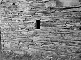 mur de schiste à Ste marie 35