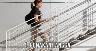Gunakan tangga saat di luar adalah Kegiatan Menyenangkan Pengganti Olahraga