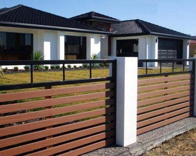 Desain Inspiratif Pagar Rumah Dari Kayu