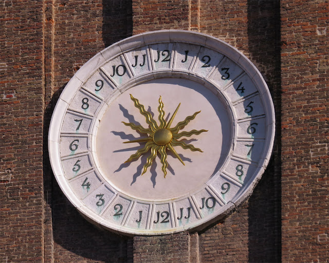 Clock, Church of the Holy Apostles of Christ, Cannaregio, Venice