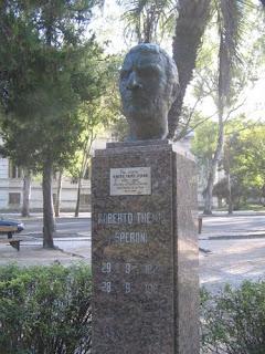 Roberto Themis Speroni, en poetas invitados, Ancile