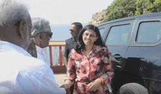 Nisha Biswal visits Koneswaram temple, Trincomalee