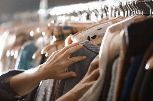 10 Cara Menghilangkan Bau Apek, Bau Amis Dan Bau Asap pada Pakaian dengan Mudah