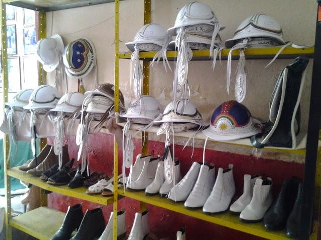 Nas músicas cantadas por Luiz Gonzaga uma das marcas é a exaltação ao chapéu  de couro 38d5a621084