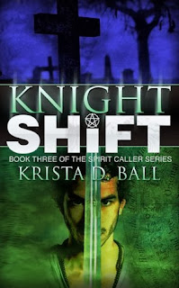 https://www.goodreads.com/book/show/19384138-knight-shift