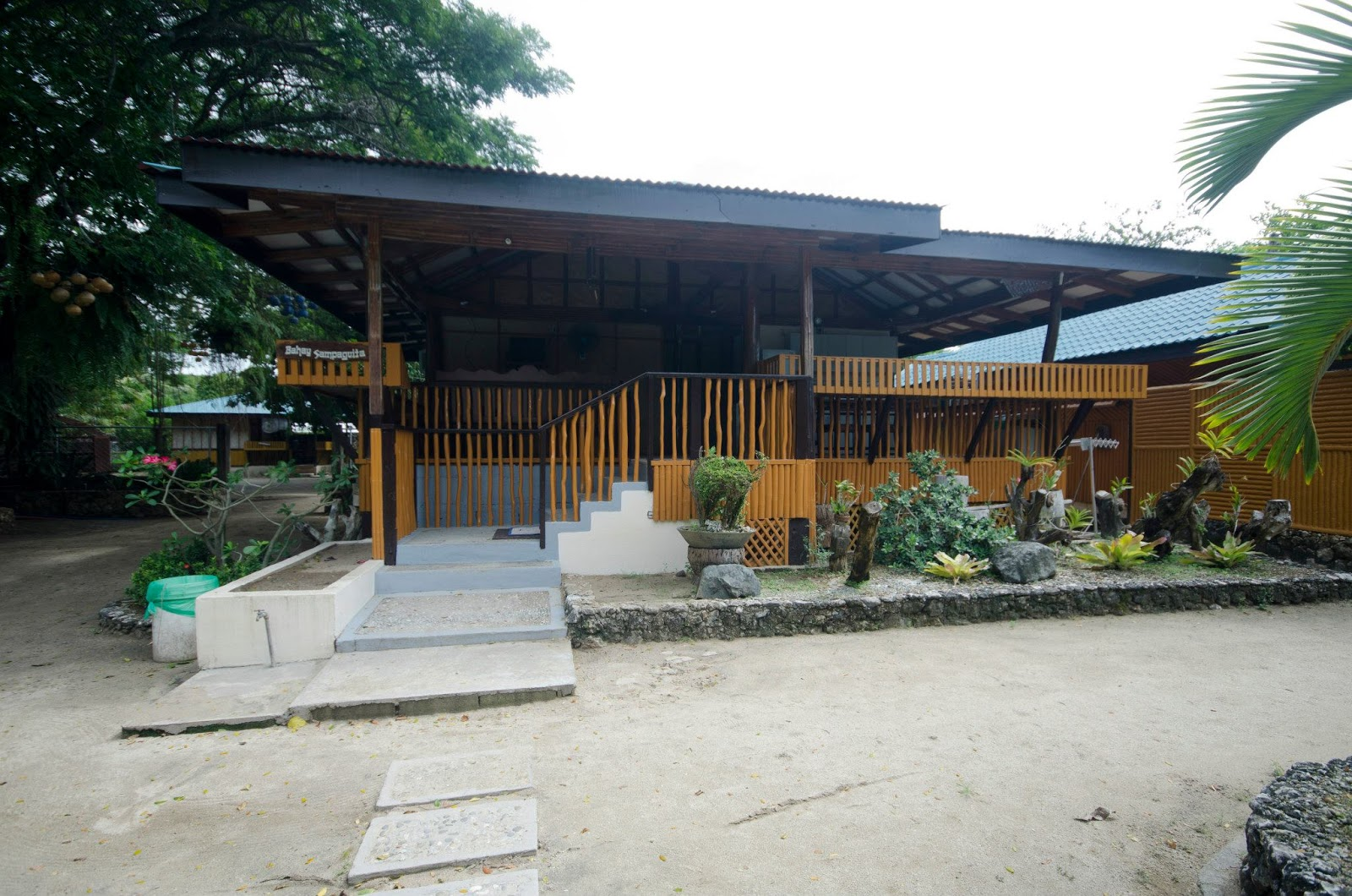 how to go to laiya batangas