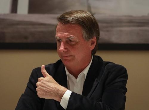 Aliados de Bolsonaro já fazem disputa por espaço e indicações de ministros