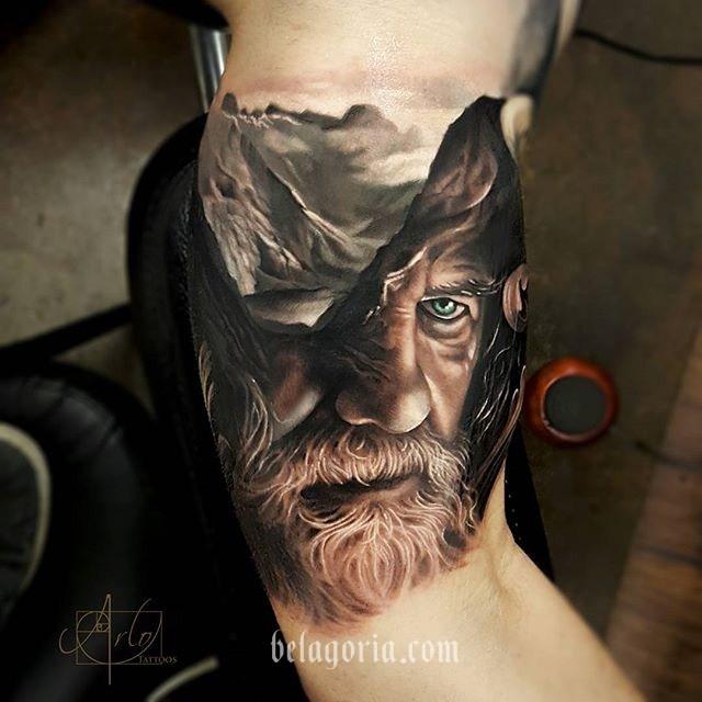 tatuaje vikingo de odin