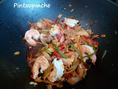 pad thai, thai, tofu, tamari, soja, sin gluten, gambas, langostinos