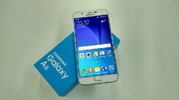 Thay mặt kính Galaxy A8 giá rẻ