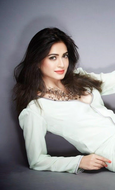 HD Pictures of Kriti Kharbanda Download