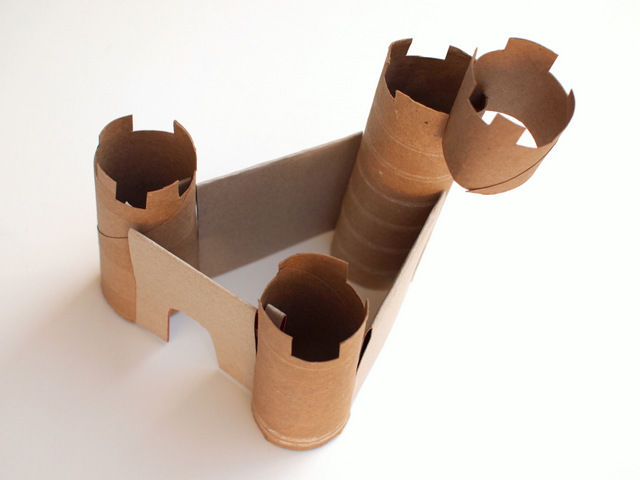 how to make a cardboard castle without glue!  use cardboard rolls and cereal boxes