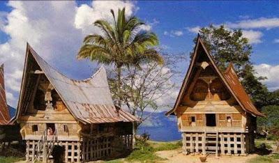 Rumah Balai Batak Toba Sumatra Utara