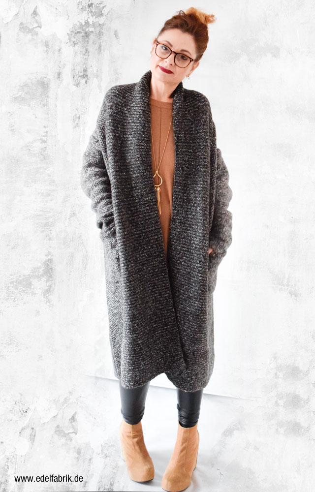 Grauer Strickmantel von Zara, Ü40 Modeblog