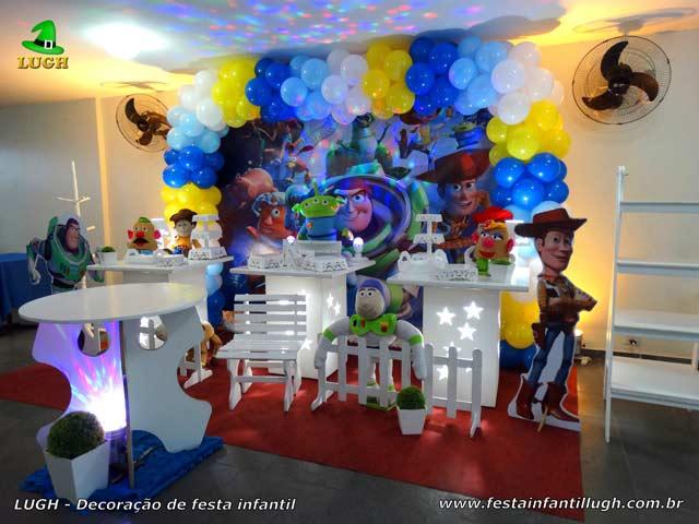 Decoração infantil Toy Story para festa de aniversário - Provençal simples
