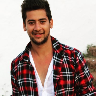 Paras arora instagram, age, family, phone number, images, biography, twitter, facebook, wiki, biography