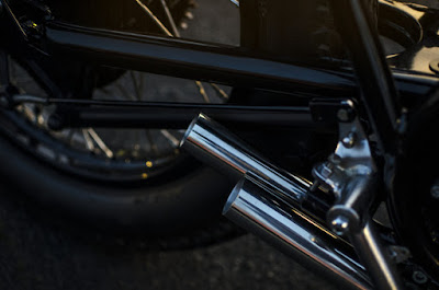 Kawasaki KZ400 Custom Exhaust by Auto Fabrica