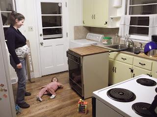 tribulations des baron 39 s le lave vaisselle tait portatif. Black Bedroom Furniture Sets. Home Design Ideas