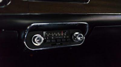 1968 Green Mustang Bullit Fastback Radio