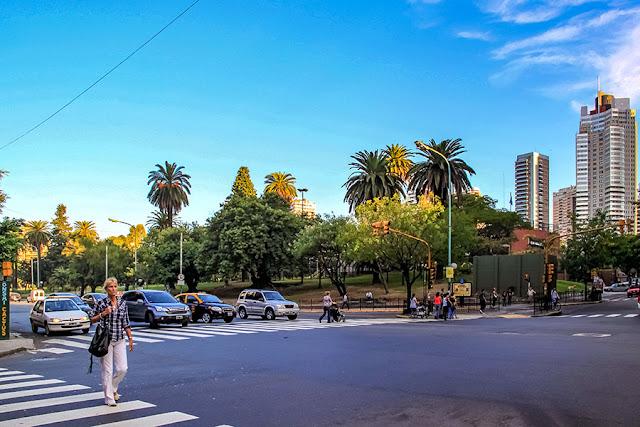 Paisaje de Buenos Aires.Avda.Las Heras  y Cnel.Diaz.