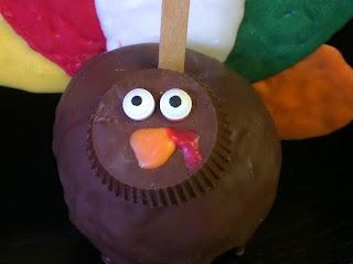 Thanksgiving Turkey Dessert