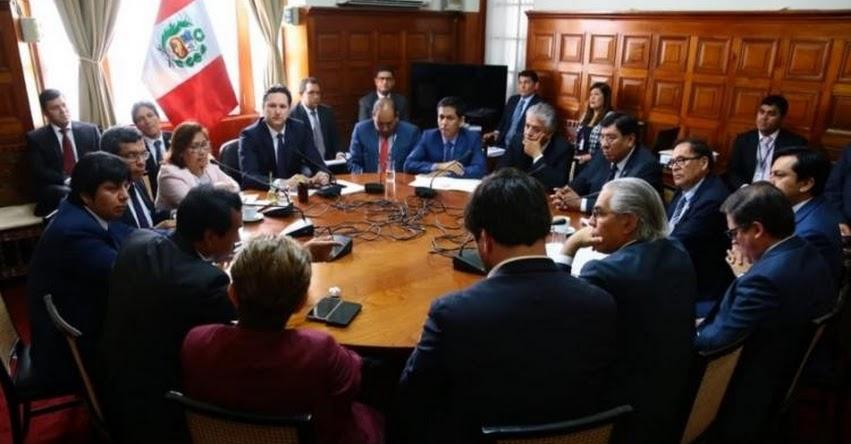 BLINDAJE A CHÁVARRY: Fujimorismo y el Apra no asisten a Junta de Portavoces y evitan quórum