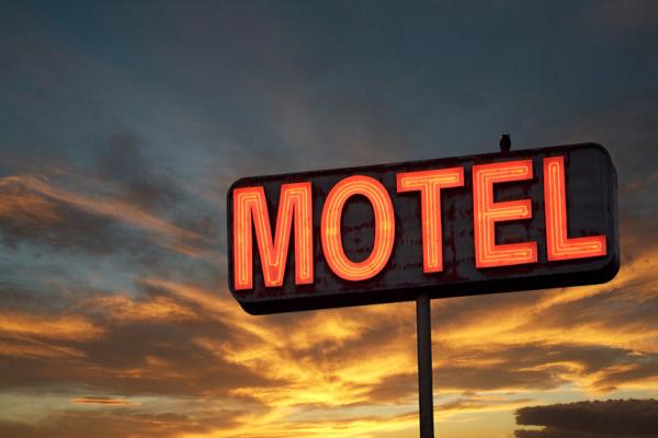 Resultado de imagem para pastor no motel