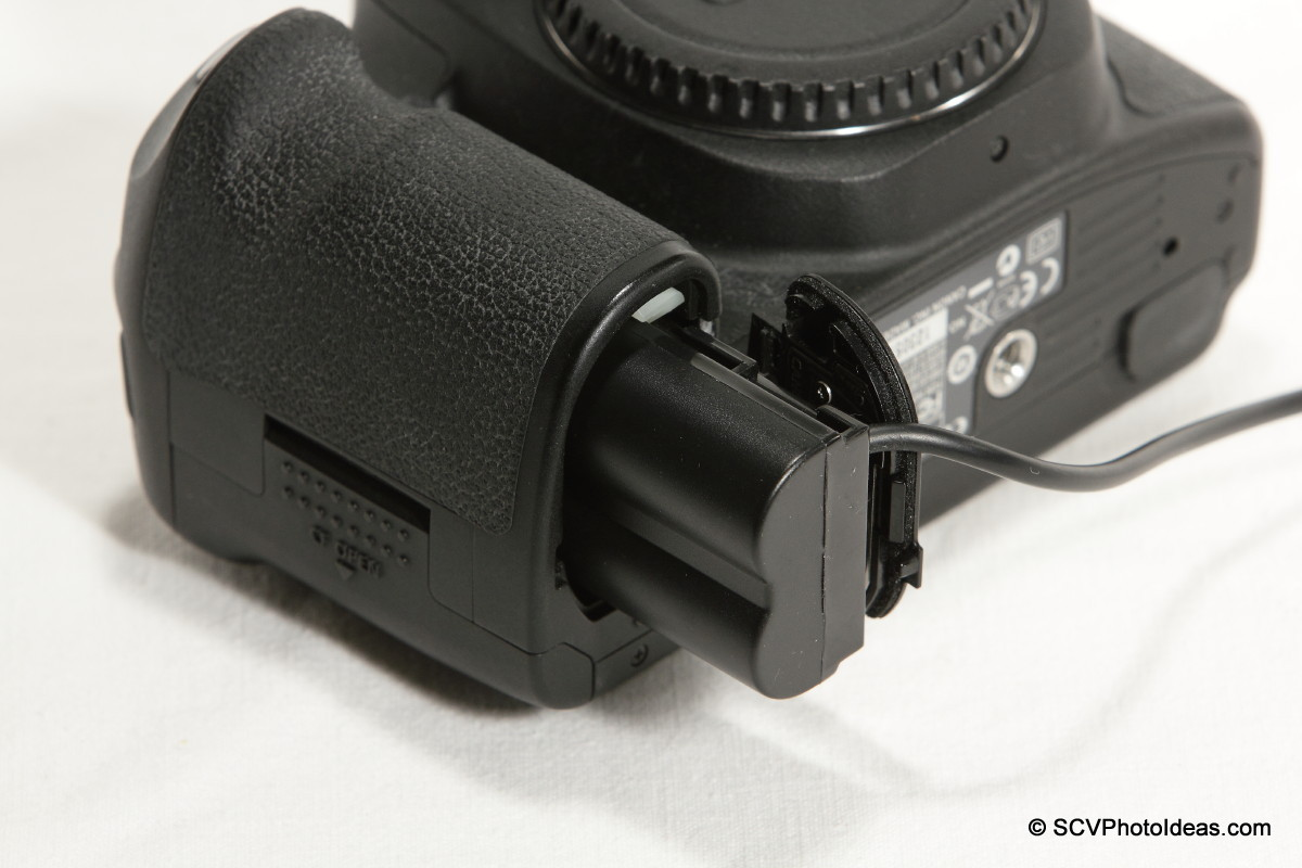 ACK-E2 compatible DC Coupler in Canon EOS 50D
