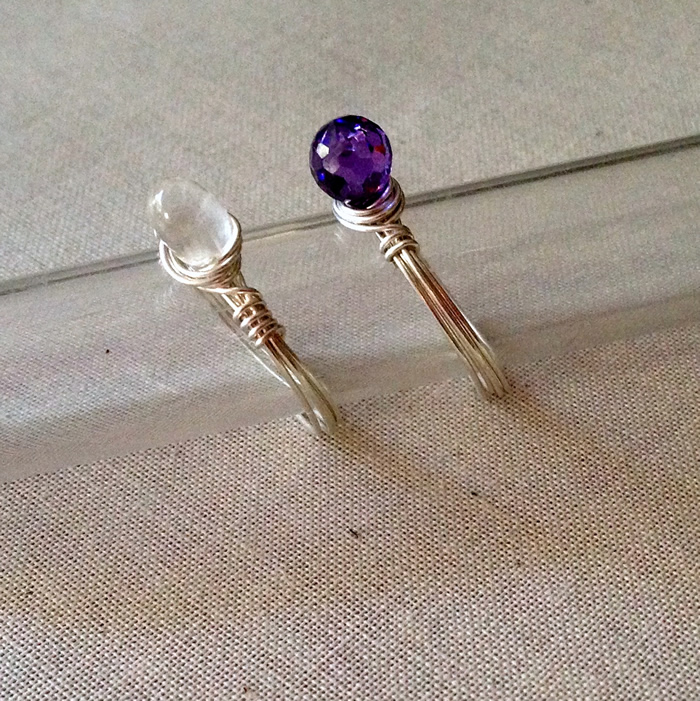 DIY wire wrapped gemstone ring - uses a briolette instead of regular bead!