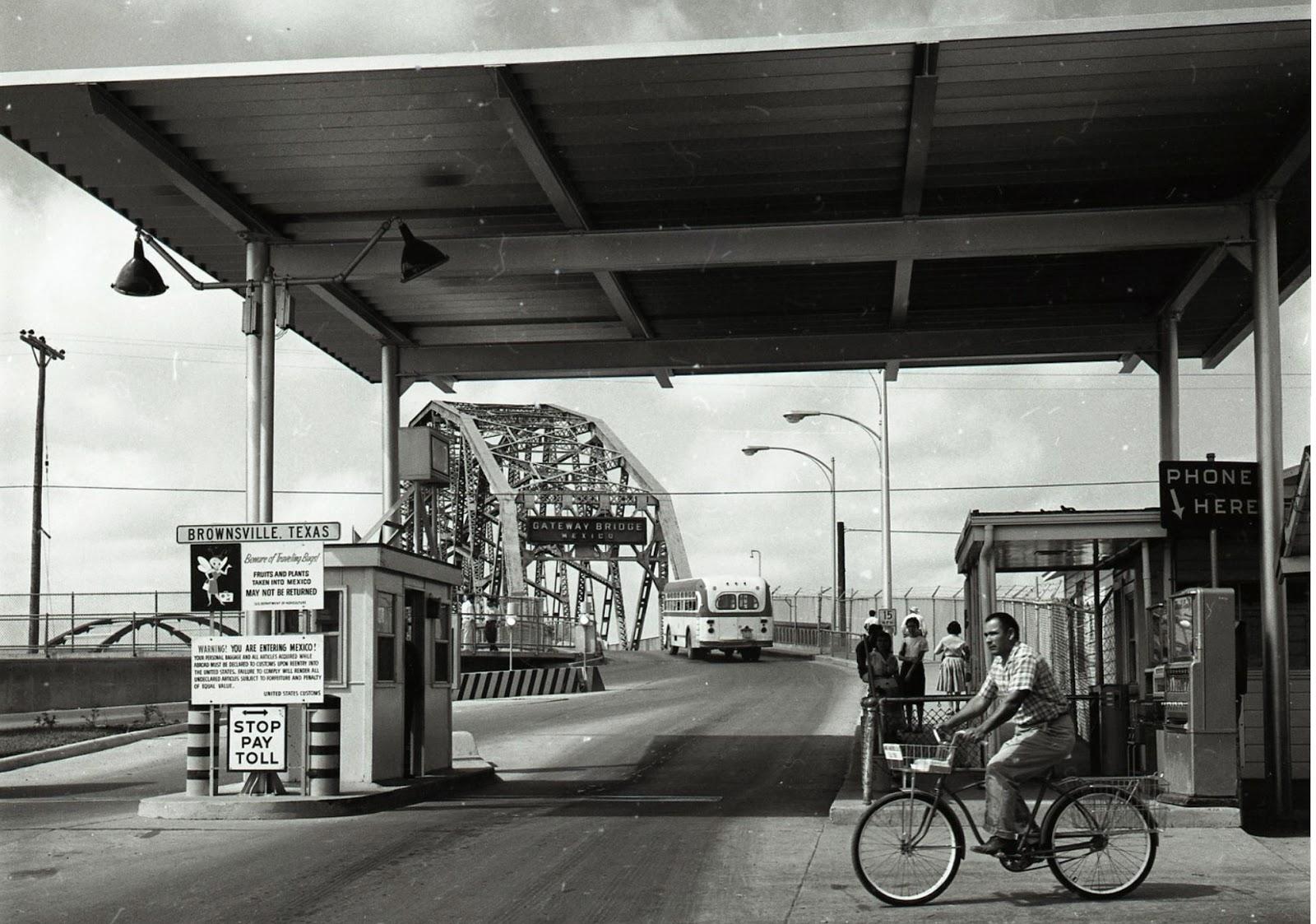 Brownsville Station 1960 S Gateway International Bridge
