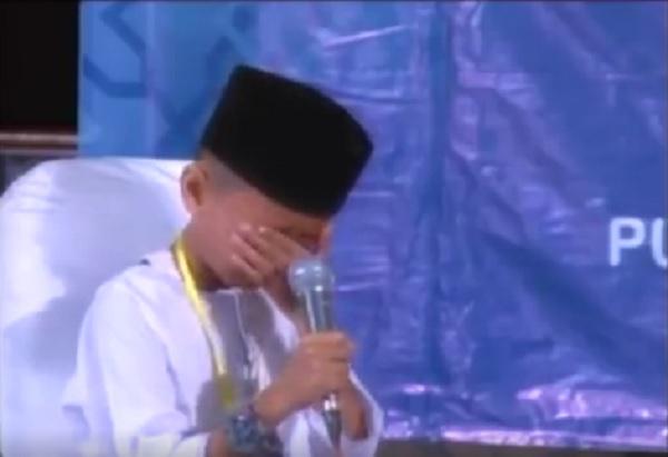 hafizh cilik menangis