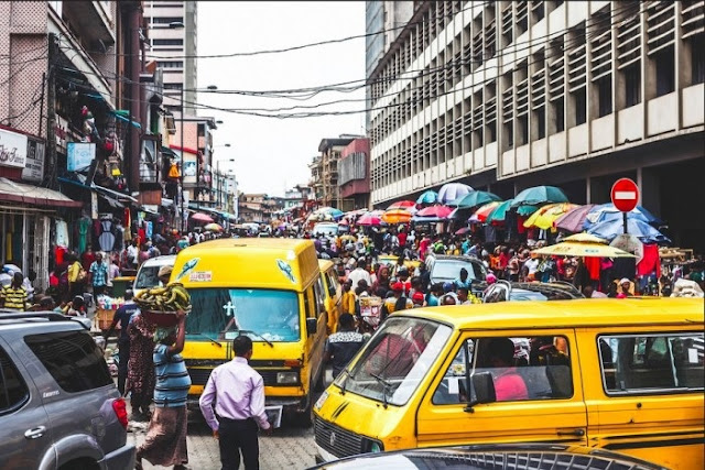 Lagos: Gridlock As Tanker Drivers Protest Murder Of Their Colleague By LASTMA Official