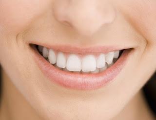 merawat tambalan gigi berlubang
