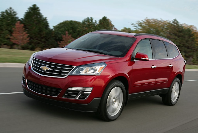 2013 Chevrolet Traverse red
