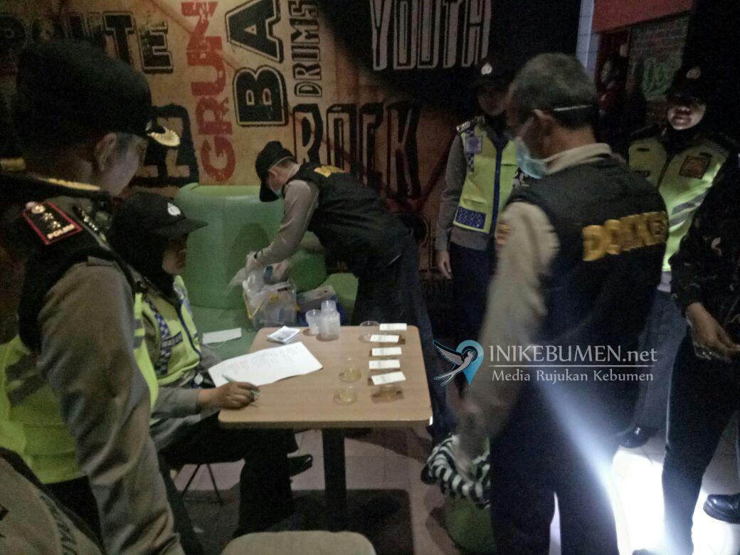 25 Pengunjung Bale Cafe Gombong Diperiksa Polisi