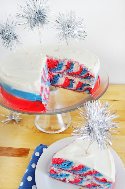 the COOLEST 4th of July Tie-Dye cake! must make this year!