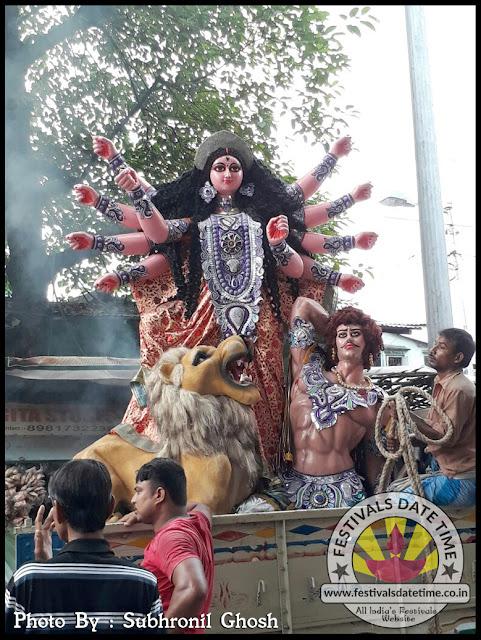 Kumortuli Durga Idol, Kolkata, India