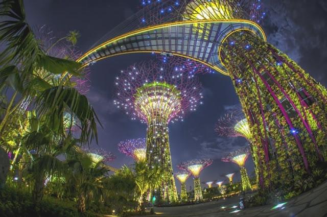 Arsitektur Futuristik di Singapura