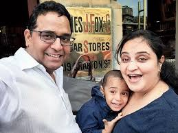 Vijay Shekhar Sharma Family Wife Son Daughter Father Mother Age Height Biography Profile Wedding Photos