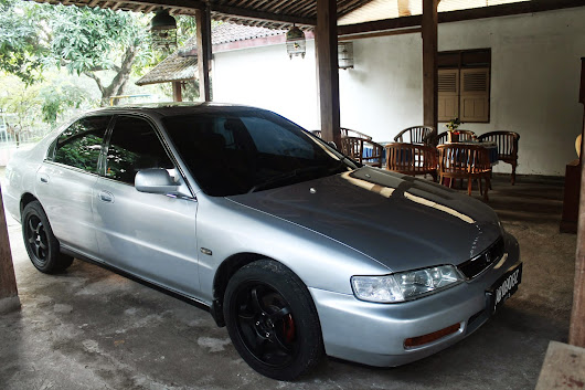 Free wallpaper blog: Honda Accord cielo 96 silver