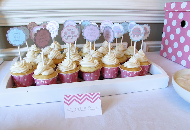 elephant baby shower cupcakes