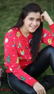 Actress Mannara Chopra Latest Poshoot Gallery  0008.jpg
