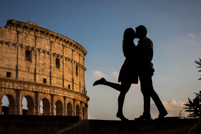 couple in love rome italy