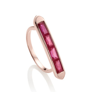 This gorgeous pink ruby and rose gold baja ring is on sale for 50% off at £125.00. I love how this ring is a linear design but still looks very organic. Set with rubies totalling 1.705 cts, this bar cocktail ring is some serious carats for your cash.