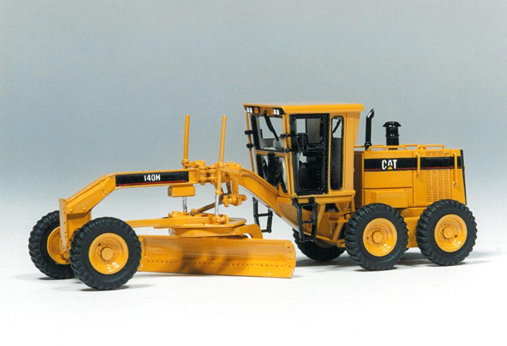 Memorable Model: Cat 140H Motor Grader - Classic
