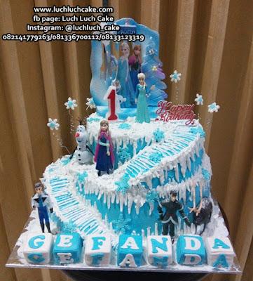 Frozen Birthday Cake Tingkat Dua