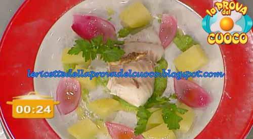 Dentice al vapore con patate e crema di piselli ricetta for Cucinare dentice