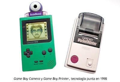Con esta cámara e impresora, puedes tomar fotos propias e imprimirlas con papel autoadhesible