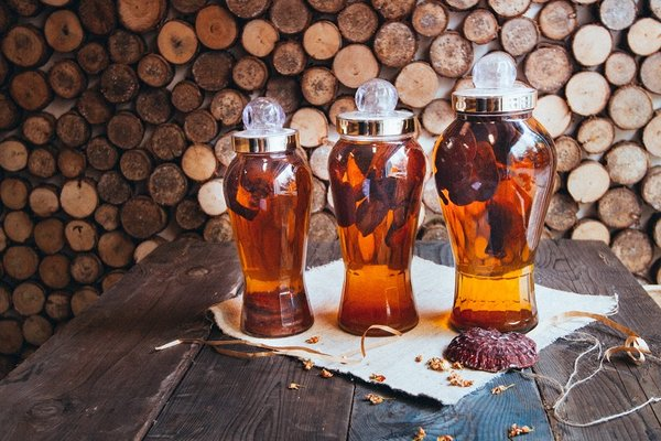 cách chế biến nấm linh chi khô ngâm rượu