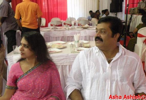 Asha Ashish Suresh Gopi Family Pix-4639